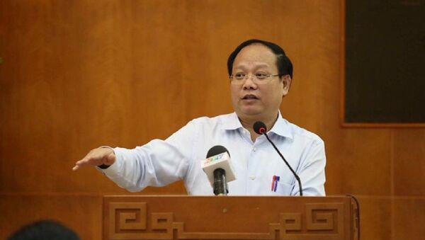 Phó Bí thư Thường trực Thành ủy TPHCM Tất Thành Cang - Sputnik Việt Nam