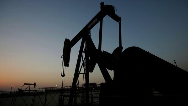 Oil production. - Sputnik Việt Nam