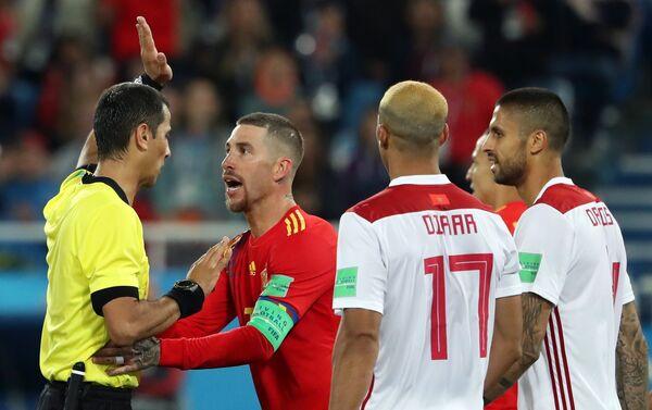 Trận đấu World Cup giữa Tây Ban Nha và Morocco - Sputnik Việt Nam
