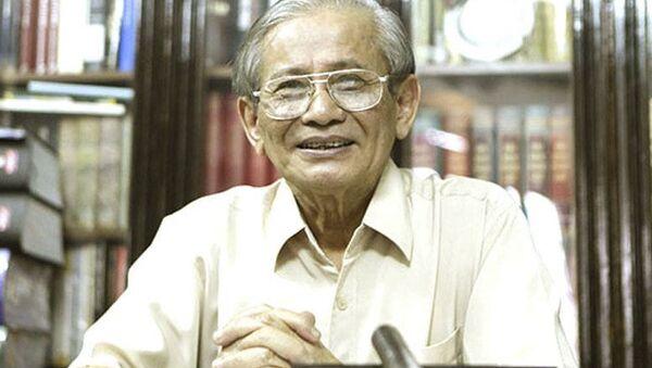 Giáo sư Phan Huy Lê - Sputnik Việt Nam