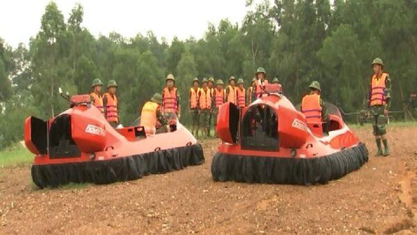 Xuồng cao tốc đệm khí Việt Nam - Sputnik Việt Nam
