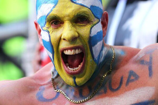 Fan hâm mộ của đội tuyển quốc gia Uruguay trong trận đấu vòng bảng của World Cup giữa hai đội Uruguay và Nga - Sputnik Việt Nam
