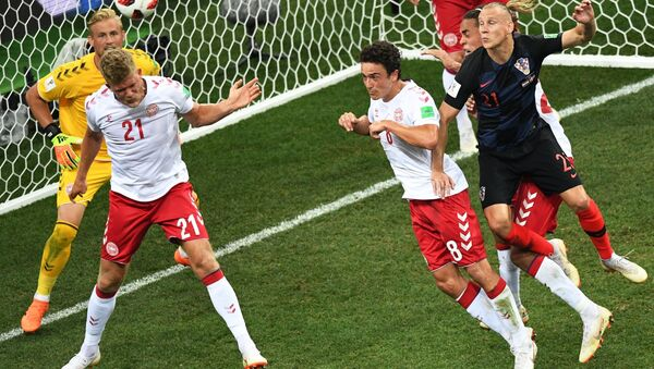 Trận đấu World Cup giữa đội tuyển Croatia và Đan Mạch - Sputnik Việt Nam