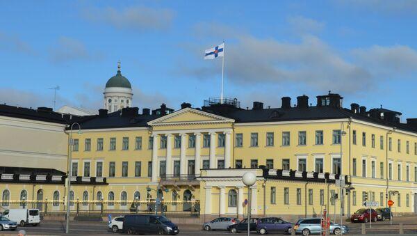 Dinh Tổng thống ở chính giữa trung tâm của Helsinki, Phần Lan - Sputnik Việt Nam