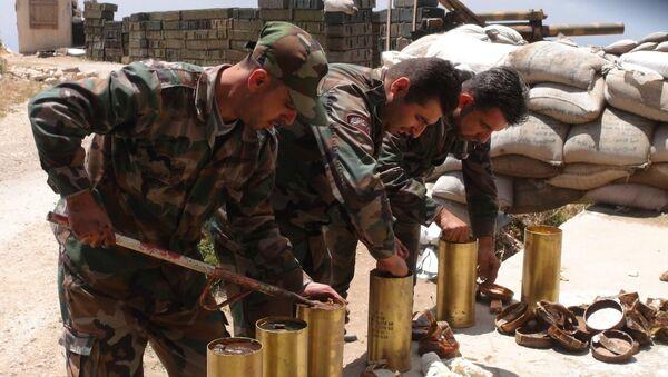 Quân đội Syria tiến hành oanh tạc đêm nhắm vào bọn khủng bố ở Latakia - Sputnik Việt Nam