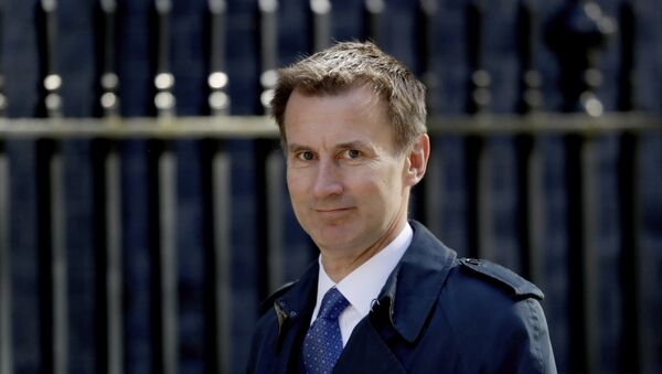 Britain's Health Secretary Jeremy Hunt arrives for a cabinet meeting at 10 Downing Street in London, Tuesday, May 1, 2018.  - Sputnik Việt Nam