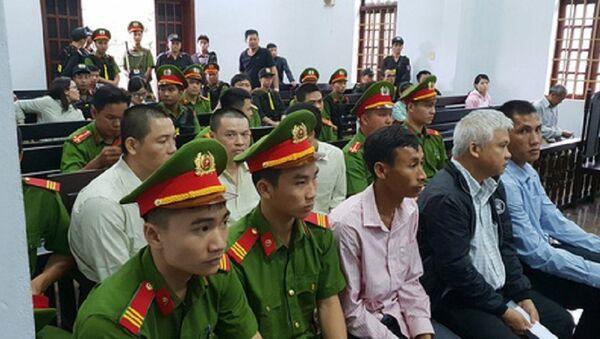 Các bị cáo tại phiên tòa phúc thẩm - Sputnik Việt Nam