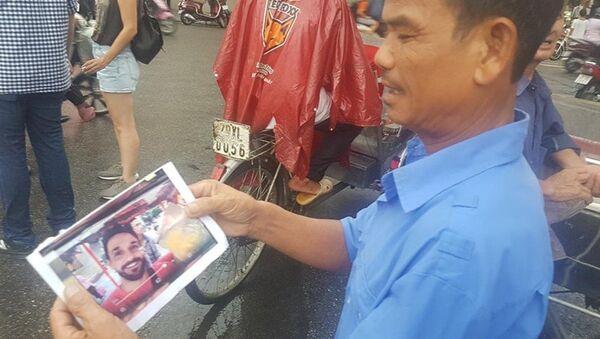 Hình ảnh về vụ việc được một số lái xe xích lô khu vực phố cổ truyền tay nhau chiều 18.8. - Sputnik Việt Nam