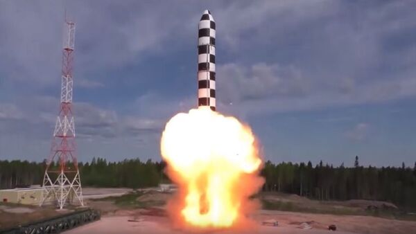 "Tổ hợp tên lửa ""Sarmat"" - Sputnik Việt Nam"