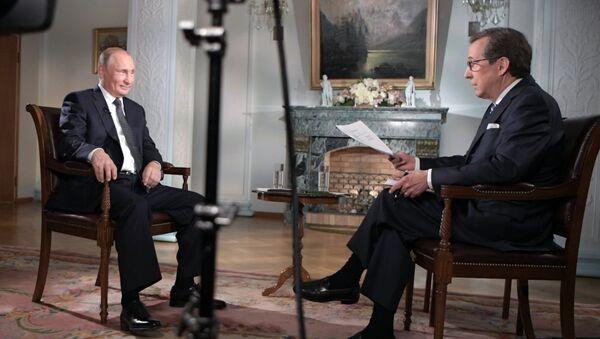 Cuộc phỏng vấn Tổng thống Nga Vladimir Putin cho nhà báo của kênh truyền hình Mỹ Fox News, ông Chris Wallace - Sputnik Việt Nam