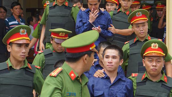 Các bị cáo sau phiên xét xử - Sputnik Việt Nam
