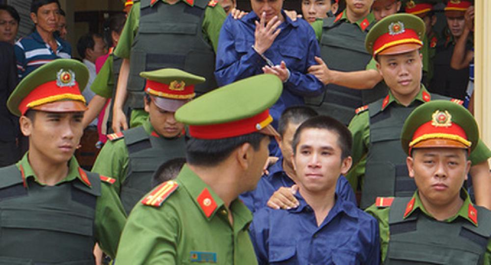 Các bị cáo sau phiên xét xử