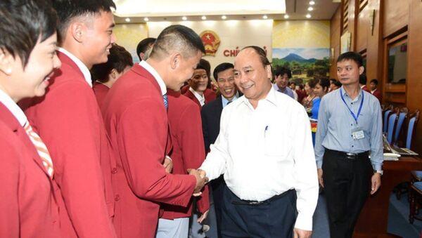 Thủ tướng Nguyễn Xuân Phúc đề nghị ngành thể thao chuẩn bị mọi mặt để có thành tích tốt tại SEA Games 31. - Sputnik Việt Nam