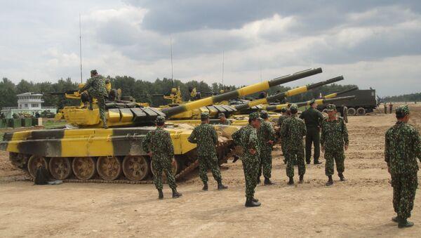 Đội của quân đội Việt Nam chuẩn bị cho  cuộc thi quốc tế Tank Biathlon-2018 - Sputnik Việt Nam