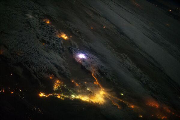 Tia chớp chụp được từ ISS - Sputnik Việt Nam