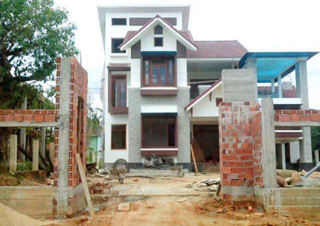 Nhà của Trưởng công an huyện Nam Đông
