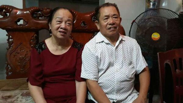 Vợ chồng ông Mỹ đau xót khi nghe tin dữ ập tới với gia đình. - Sputnik Việt Nam
