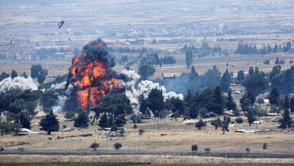 Vụ nổ ở phía Syria của biên giới Syria-Israel - Sputnik Việt Nam