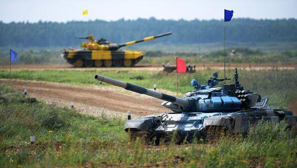 Đội lính tăng Armenia và Việt Nam trên đường đua Tank Biathlon - Sputnik Việt Nam