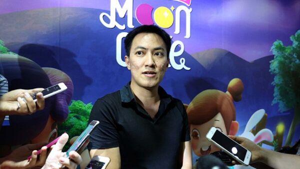 Ông Nguyễn Quốc Minh, Chủ tịch của Công ty cổ phần Con Cưng trả lời báo chí - Sputnik Việt Nam