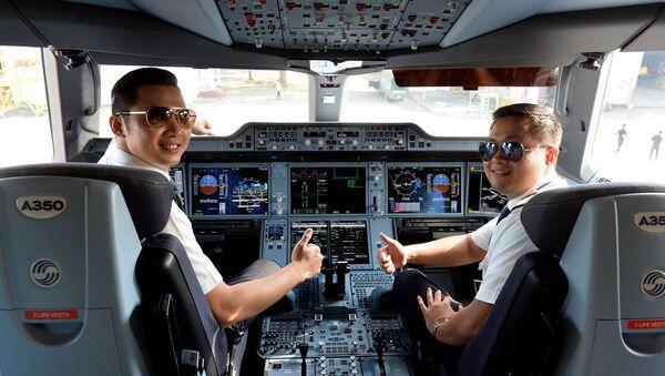 Phi công Vietnam Airlines - Sputnik Việt Nam