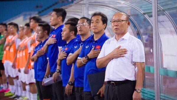 Huấn luyện viên trưởng đội tuyển Việt Nam, Ông Park Hang -Seo. - Sputnik Việt Nam