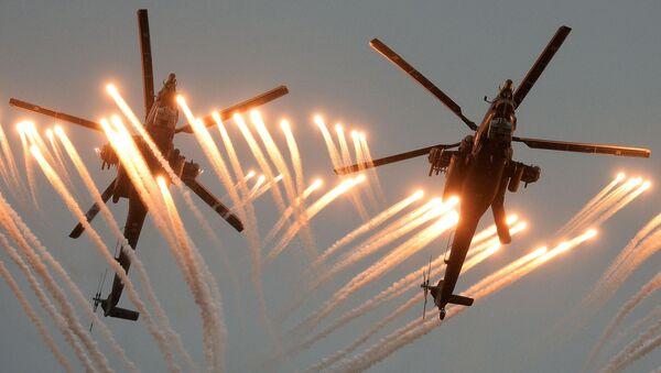 Máy bay trực thăng Mi-28 Thợ săn đêm tại Hội thao phi công quân sự Máy bay-2016 - Sputnik Việt Nam