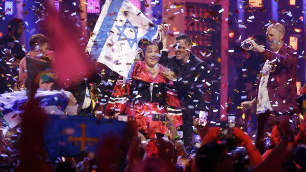 Đại diện Israel là nữ ca sĩ Netta đã giành chiến thắng tại Eurovision-2018 - Sputnik Việt Nam