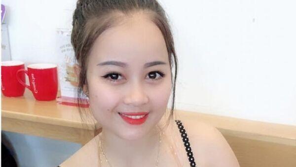 Hot girl Trà Sương thường xuyên xuất hiện ở các tụ điểm ăn chơi - Sputnik Việt Nam
