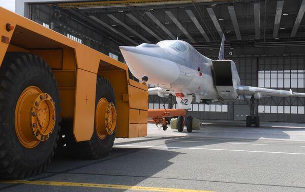 Lễ ra mắt (thử nghiệm mặt đất và bay thử) chiếc Tu-22M3M nâng cấp đầu tiên ở Kazan - Sputnik Việt Nam
