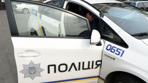 Автомобиль сотрудников украинской полиции  - Sputnik Việt Nam