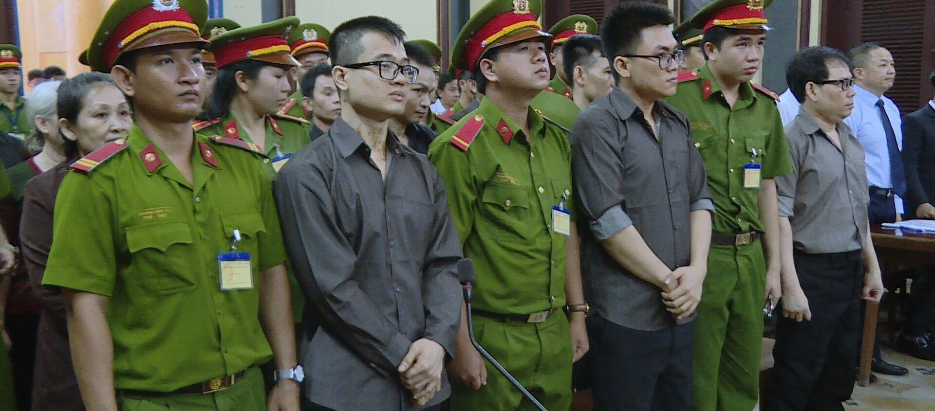Các bị cáo tại phiên tòa ngày 21/8/2018. - Sputnik Việt Nam, 1920, 21.08.2018