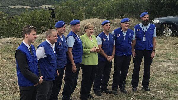 Канцлер Германии Ангела Меркель на границе Грузии и Южной Осетией со стороны Грузии - Sputnik Việt Nam