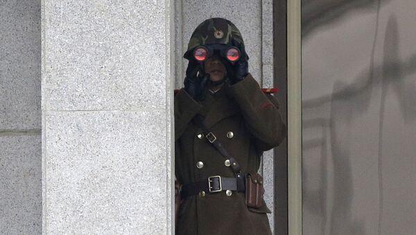 Binh sĩ Bắc Triều Tiên ở biên giới liên Triều - Sputnik Việt Nam