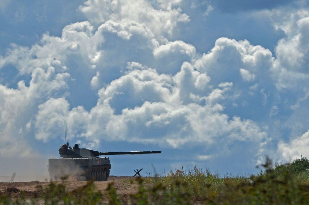 """Pháo tự hành Sprut-SD trong chương trình giới thiệu trong khuôn khổ diễn đàn kỹ thuật quân sự quốc tế lần thứ Tư """"Quân đội-2018"""""""