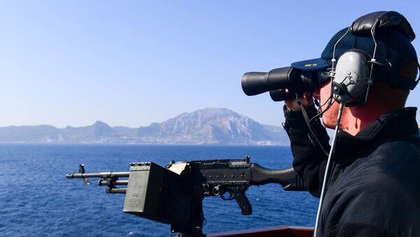 Quân nhân Hoa Kỳ tại tàu chiến USS Ross - Sputnik Việt Nam