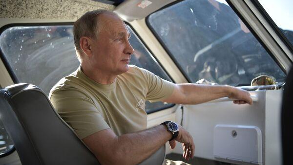 Vladimir Putin nghỉ ngơi ở Tuva - Sputnik Việt Nam