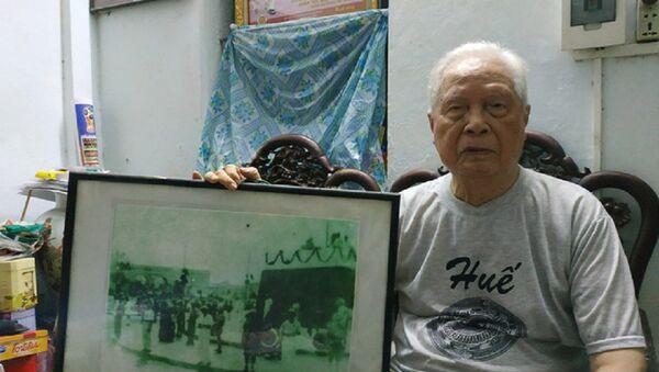 Ông Phạm Quang Đốc và bức ảnh ngày 2-9 lịch sử - Sputnik Việt Nam