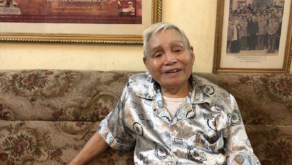 Đại tá Nguyễn Trọng Hàm - nguyên Phó Tham mưu trưởng Quân khu Thủ đô năm nay đã 97 tuổi. - Sputnik Việt Nam