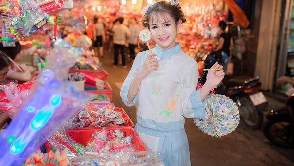 Trung Quốc – Em thật xinh nếu em là nàng búp bê với đôi mắt to. - Sputnik Việt Nam