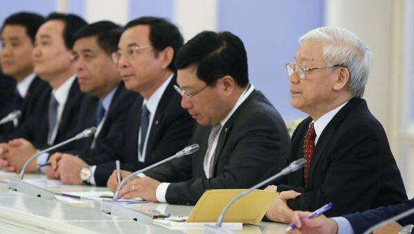 Tổng Bí thư Ủy ban Trung ương Đảng Cộng sản Việt Nam Nguyễn Phú Trọng tại cuộc gặp với Thủ tướng Nga Dmitry Medvedev - Sputnik Việt Nam