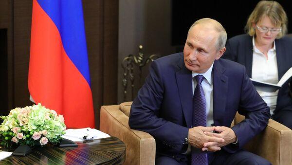 Tổng thống Nga Vladimir Putin tại cuộc gặp với Tổng bí thư Nguyễn Phú Trọng - Sputnik Việt Nam