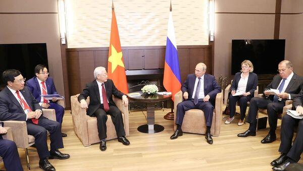 Tổng thống Nga Vladimir Putin và Tổng bí thư Nguyễn Phú Trọng - Sputnik Việt Nam