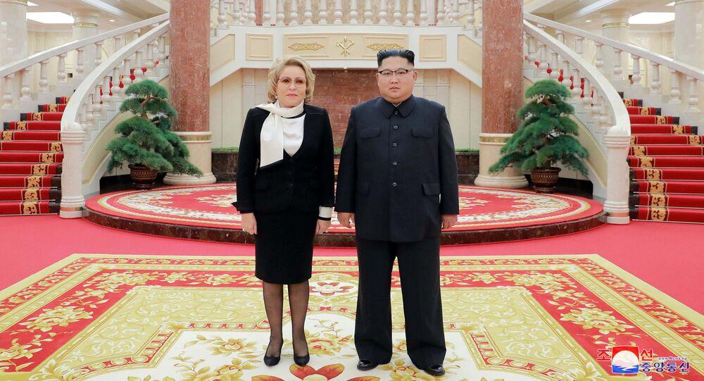 Lãnh đạo CHDCND Triều Tiên Kim Jong-un gặp Chủ tịch Hội đồng Liên bang Nga Valentina Matvienko