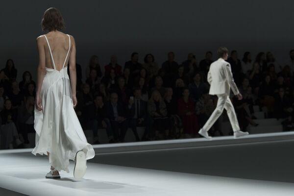 Trình bày bộ sưu tập Hugo Boss tại Tuần lễ thời trang ở New York, Hoa Kỳ - Sputnik Việt Nam