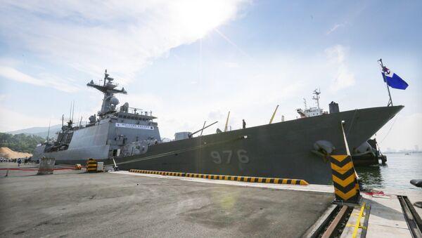 Tàu Khu trục ROKS Moon Mu The Great của Hải quân Hàn Quốc cập cảng Tiên Sa (Đà Nẵng). - Sputnik Việt Nam
