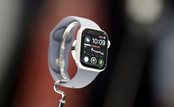 Thêm một mẫu lựa chọn khác cho đồng hồ Apple Watch 4 - Sputnik Việt Nam