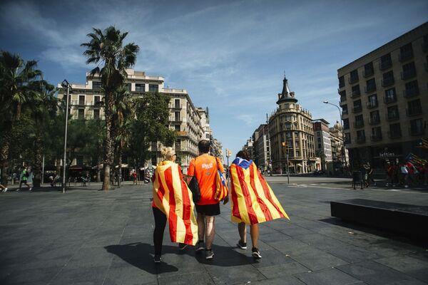 Những người tham gia hành động ở Barcelona ủng hộ Catalonia độc lập - Sputnik Việt Nam