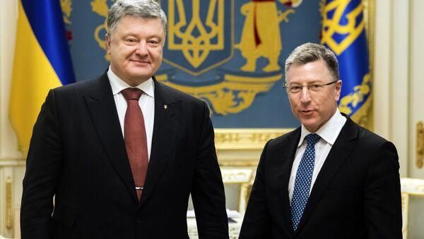 Президент Украины Петр Порошенко и спецпредставитель США по Украине Курт Волкер - Sputnik Việt Nam