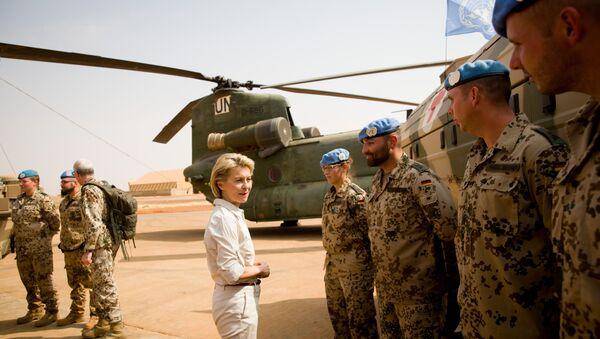 Bộ trưởng Quốc phòng Đức Ursula von der Leyen tại Mali - Sputnik Việt Nam
